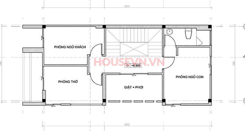 không gian phòng thờ được đặt trên tầng cao nhất của ngôi nhà.