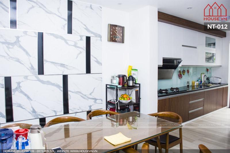 nội thất phòng bếp ăn của nhà phố tại Móng Cái