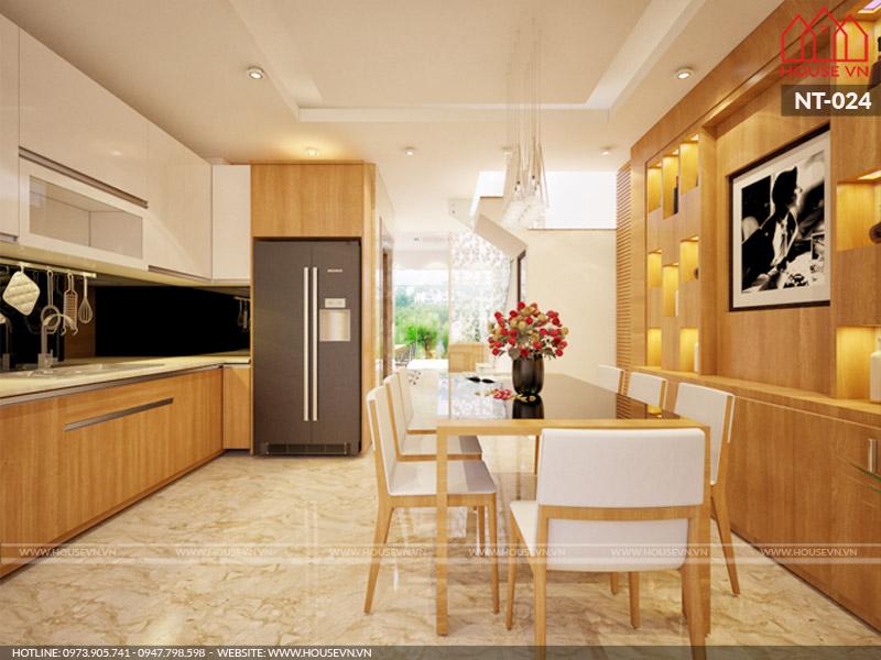 Phương án thiết kế nội thất phòng bếp ăn hiện đại và tiện nghi với sự kết hợp sắc trắng - vàng tạo không gian ấm cúng cho nhà phố